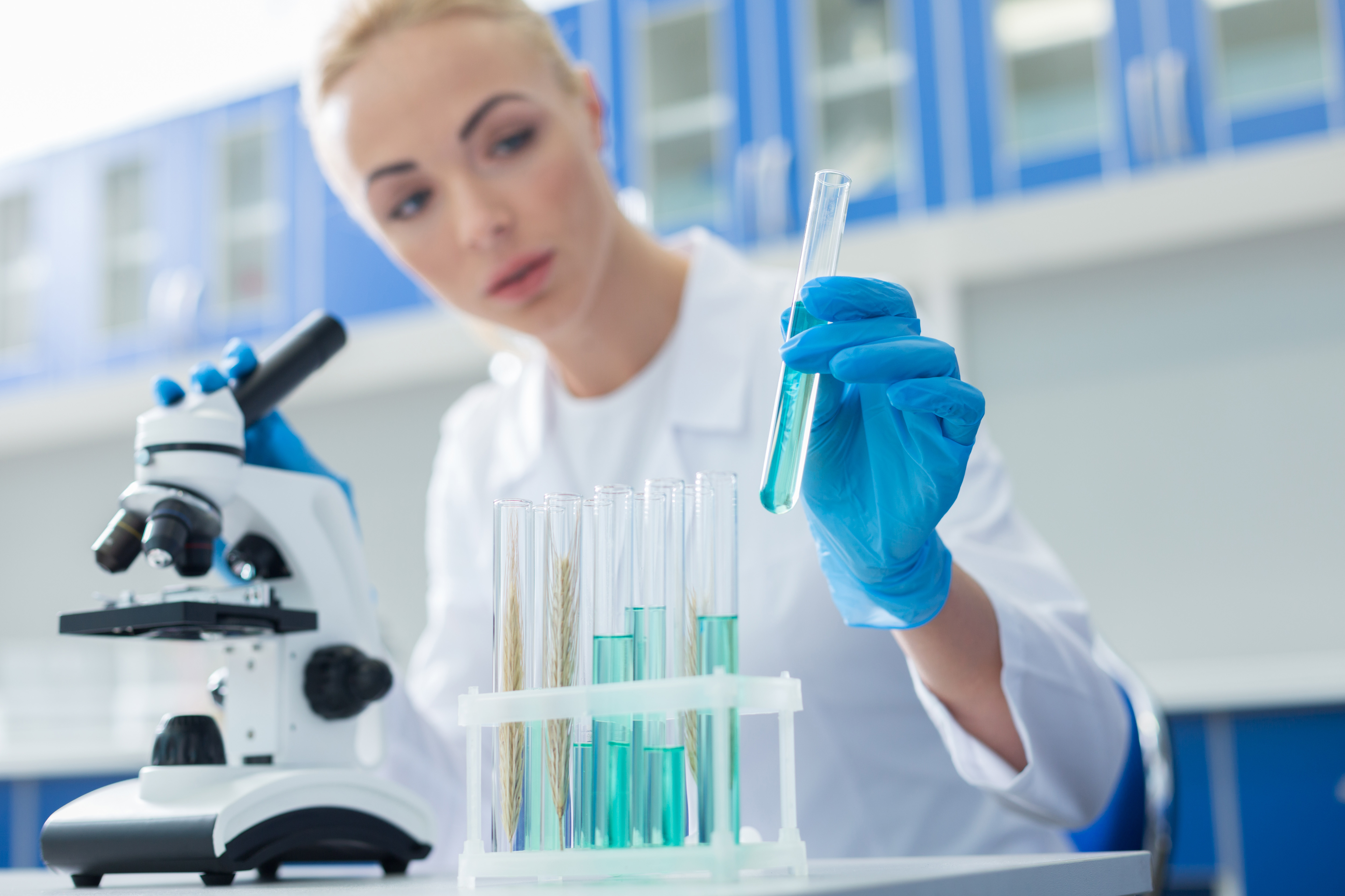 Image of Woman working in lab